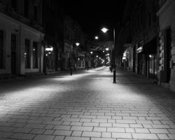 Cand se lasa seara peste Bucuresti