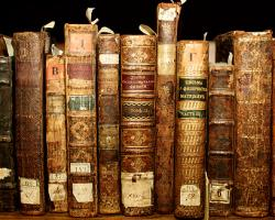 Elogiul cărților vechi